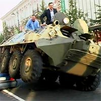 Vilnius Mayor Fights Illegally Parked Cars with Tank