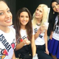 Miss Universe Selfie Photobomb Fiasco