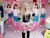 Avril Lavigne's New Cringeworthy Music Video