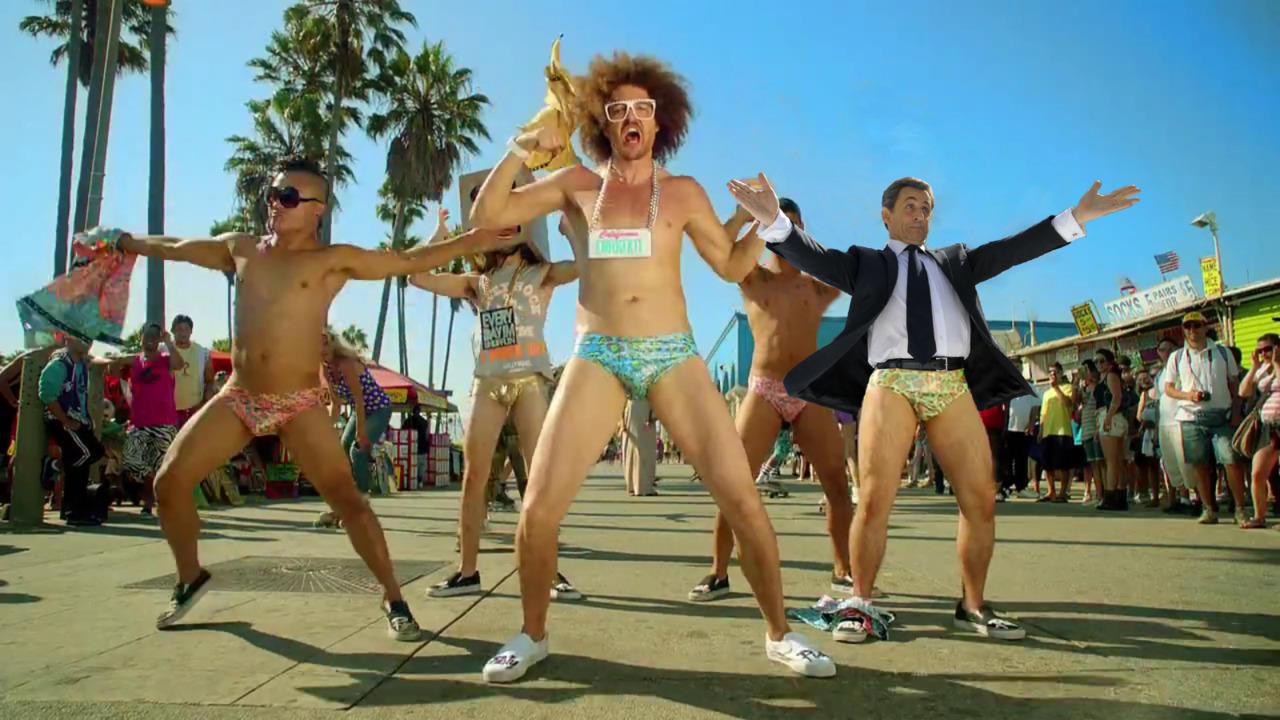 Танцующие в трусах 11 фотография