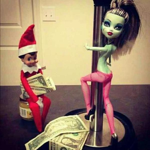 17 Images That Prove The Elf On The Shelf Isn't As ...