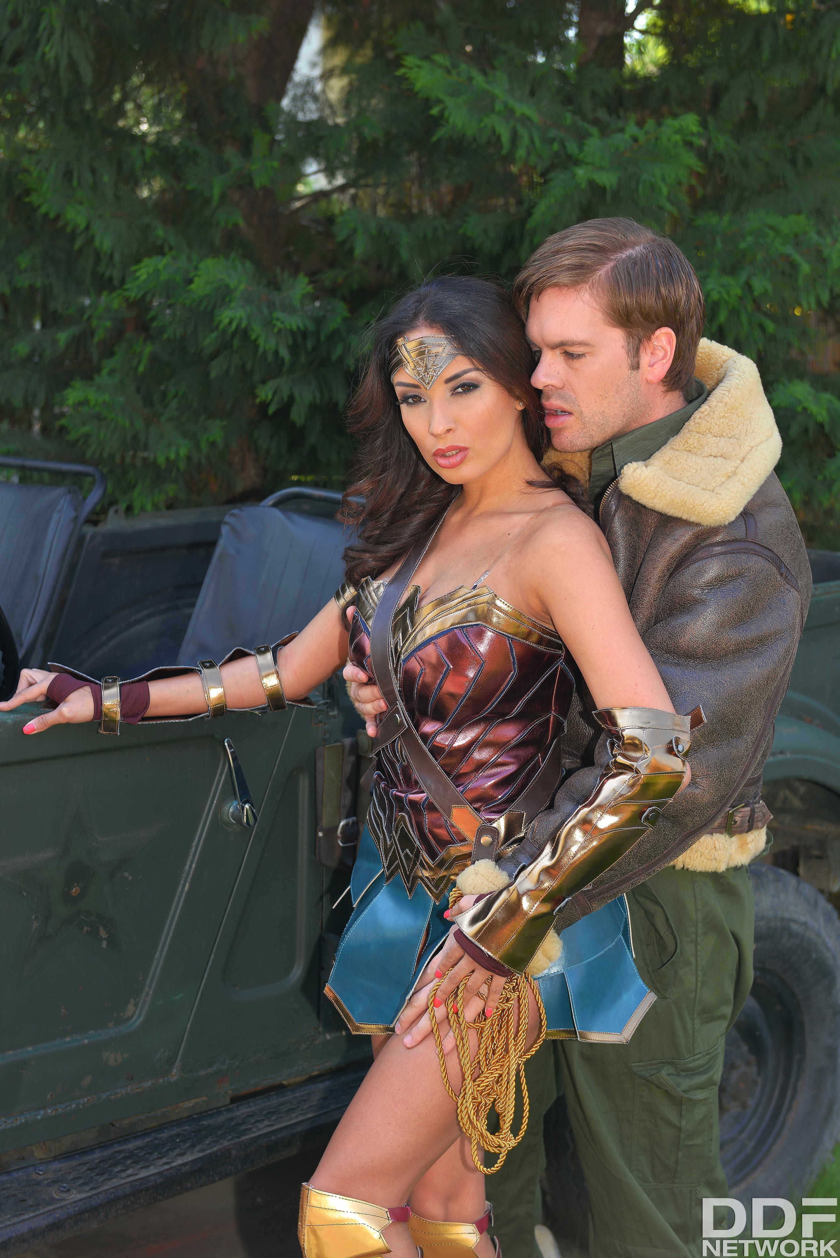 Xxx Wonder Woman 113