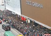 Dolce &amp; Gabbana Photo Ban Protest