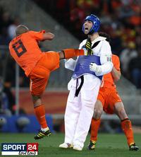 De Jong's Kick