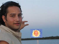 Can You Please Photoshop The Sun Between My Fingers?