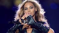 Beyonce's Illuminati Sign