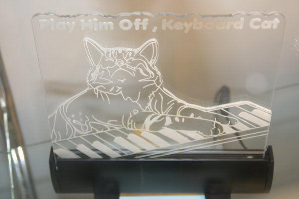 Glass_Keyboard_Cat_by_margotdent.jpg