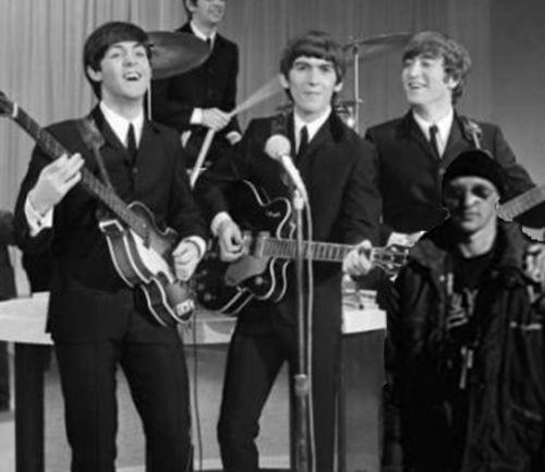 Tourist_Guy_with_The_Beatles_by_EnigmaDraconis.jpg