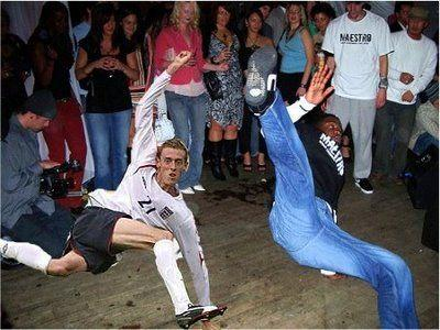 peter_crouch_photoshop_breakdance.jpg
