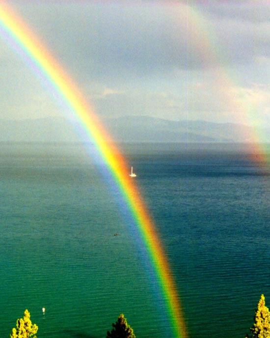 lg_double_rainbow2.jpg