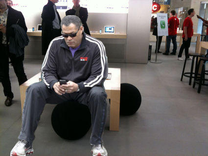 in-apple-store-9720-1293673696-17.jpg