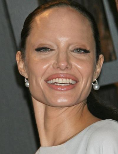 eyebrows-angelinajolie.png