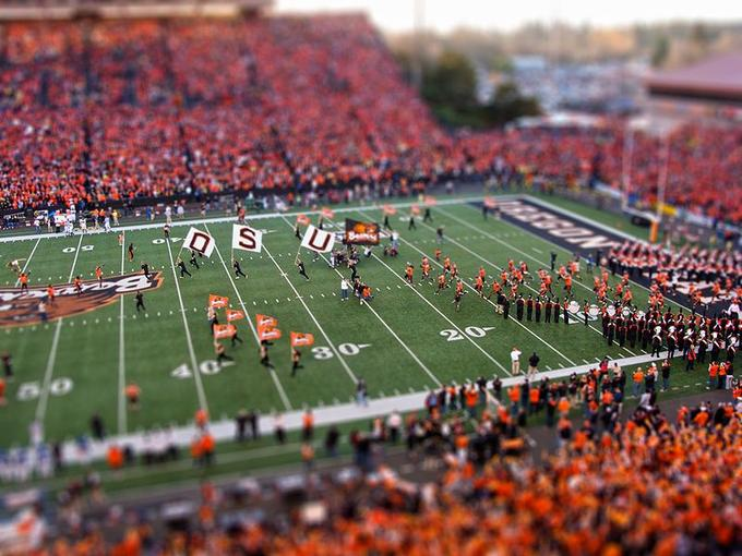 800px-Oregon_State_Beavers_Tilt-Shift_Miniature_Greg_Keene.jpg