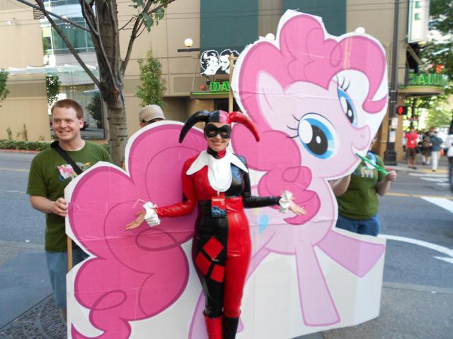Harley-Quinn-and-Pinkie-Pie.jpg