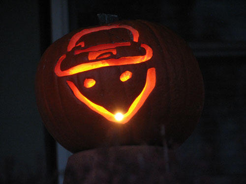mobile-leprechaun-amatuer-sketch-pumpkin.jpg