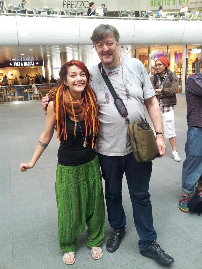 stephen fry hover hand