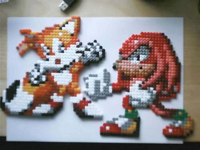 Tails and Knuckles, bead style