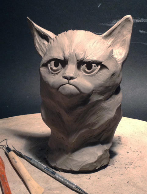 Clay Grumpy Cat Scupture