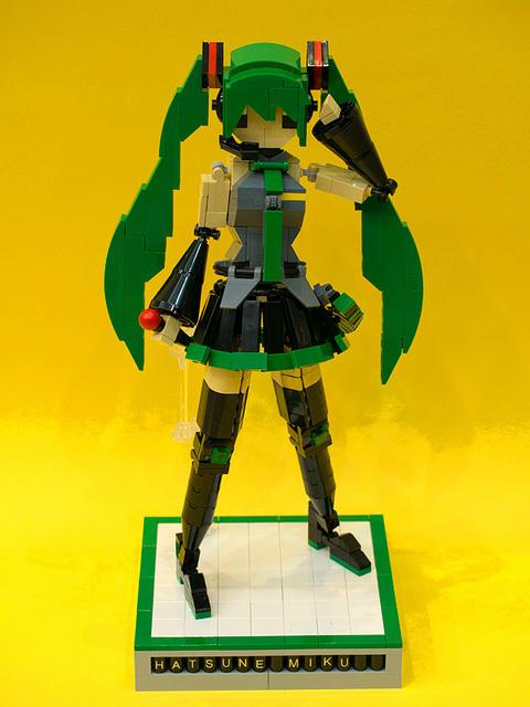 LEGO Hatsune Miku