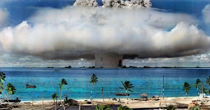 Atom Bombing at the Bikini Atoll in 1954
