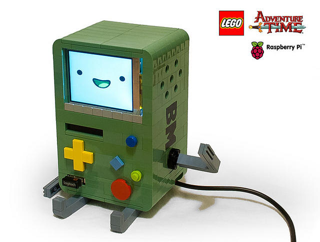 LEGO BMO with Raspberry Pi comuter